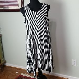 Black and white stripe casual summer dress